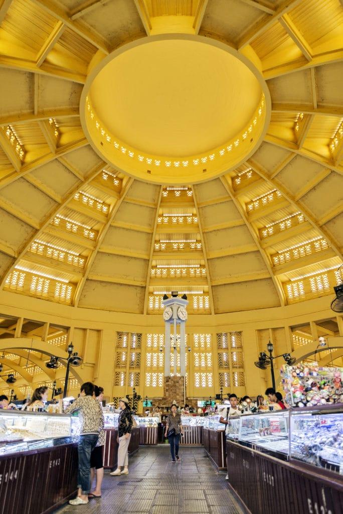 Im Inneren des Zentralmarkt Phsar Thmei in Phnom Penh